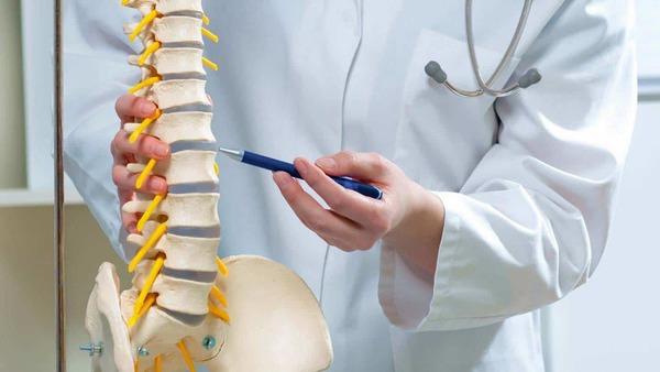 当院で行っている腰痛(ヘルニア・狭窄症・すべり症・座骨神経痛等)に対するカイロプラクティック・理学療法的アプローチサムネイル